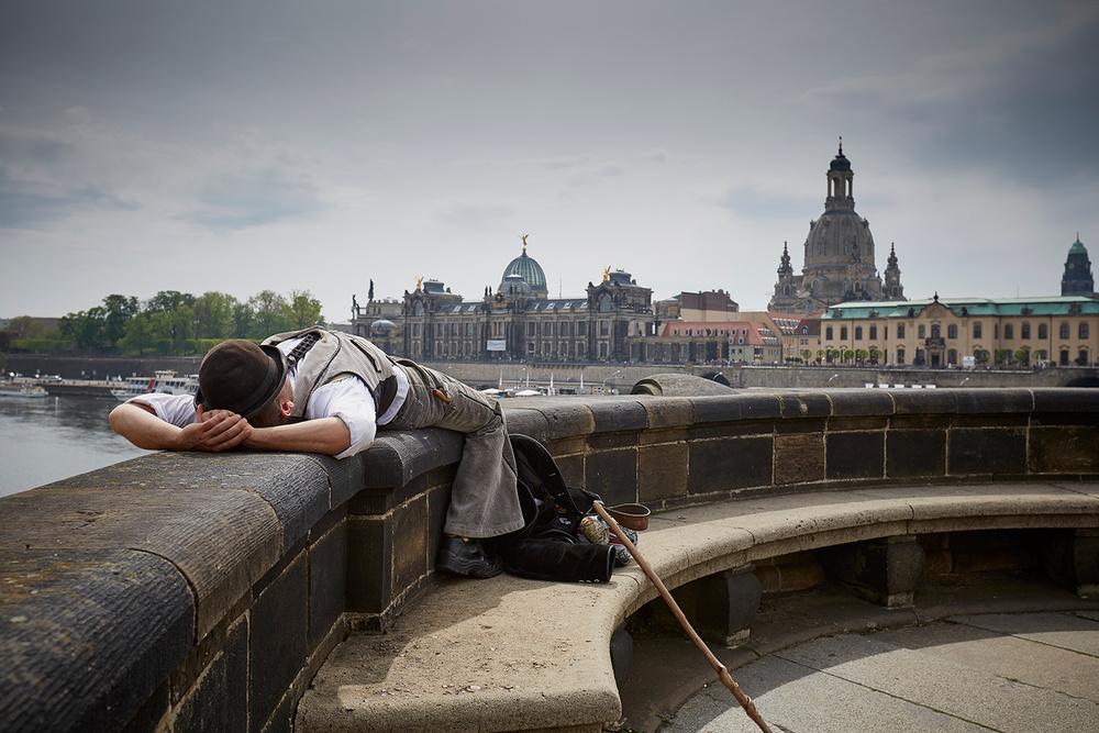 sleeping-busker.jpg