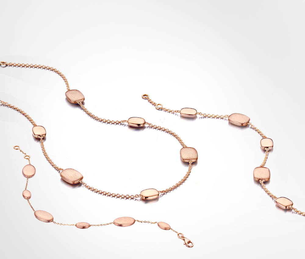 Halssnoer en armband roze goud