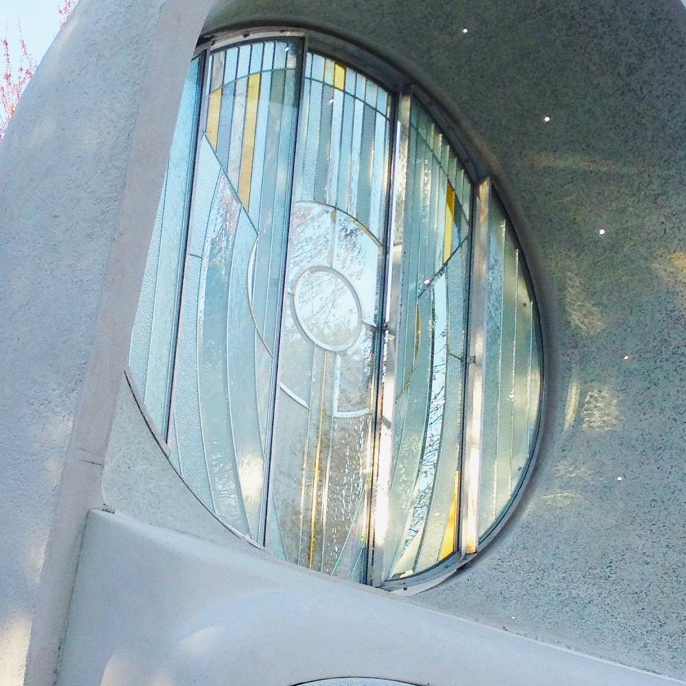 close glass sun.JPG