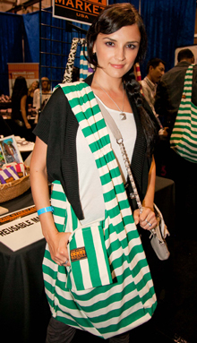 Rachel Leigh Cook, Green Rugby Stripe Tote, June 2012