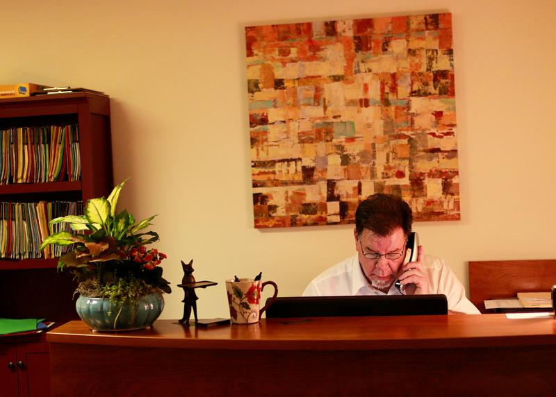 receptiondesk.jpg