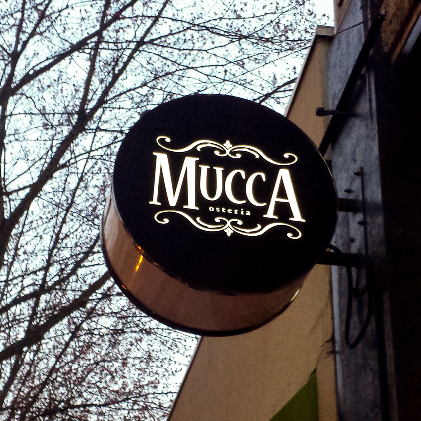 mucca.osteria.sign.outdoor