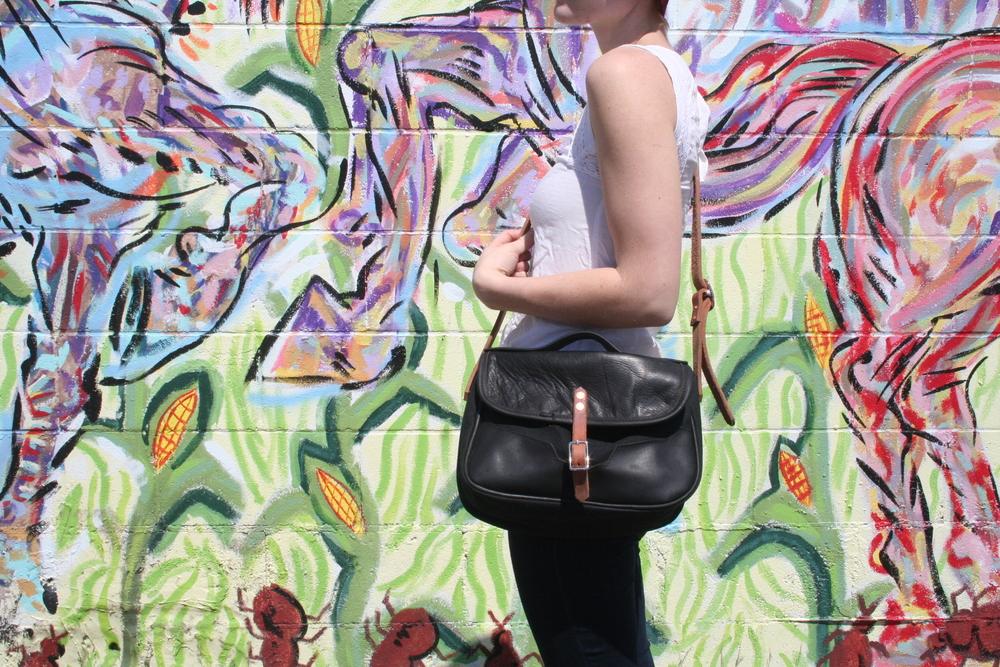 viska purse mural