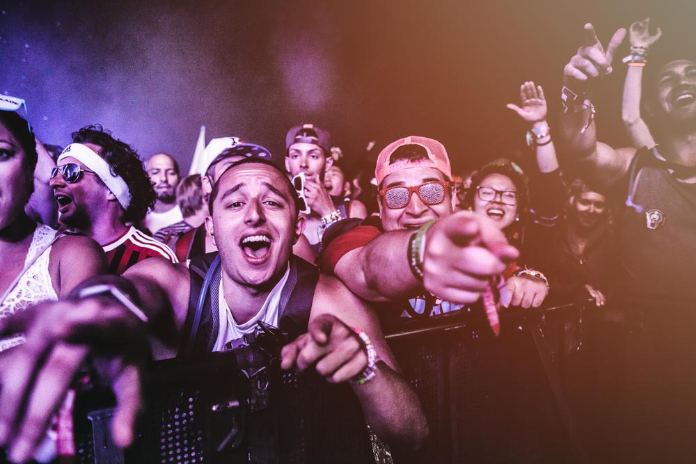 JACKIELEE_ML-107-Crowd&MusicMainstage.jpg
