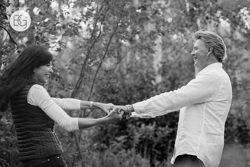 Edmonton_wedding_photographer_deborah_terry_engagement_couples_05.jpg