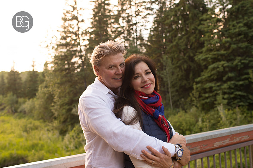 Edmonton_wedding_photographer_deborah_terry_engagement_couples_08.jpg