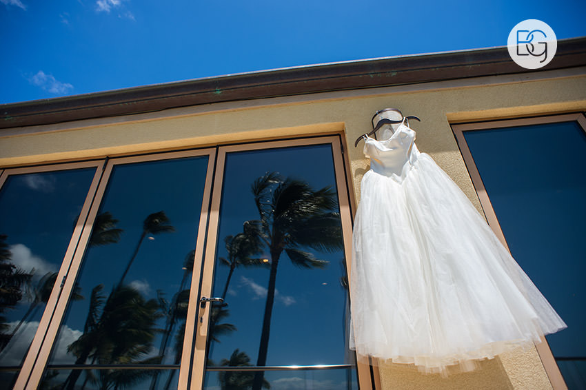 destination_wedding_photographer_hawaii_edmonton_maui_kristarandor_08.jpg