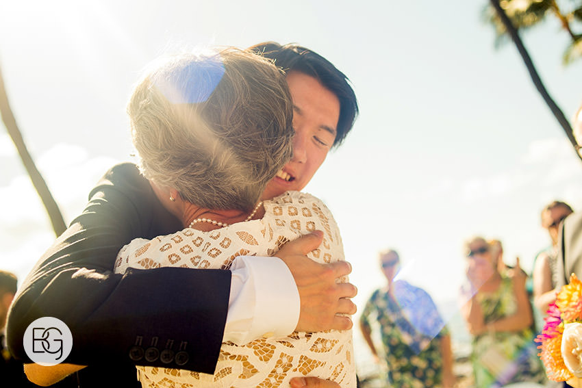 destination_wedding_photographer_hawaii_edmonton_maui_kristarandor_26.jpg