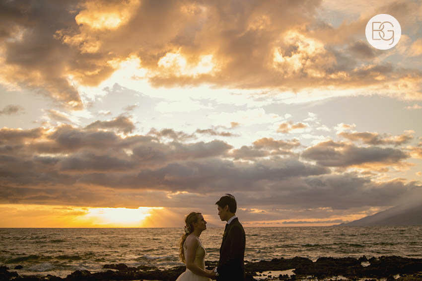 destination_wedding_photographer_hawaii_edmonton_maui_kristarandor_33.jpg