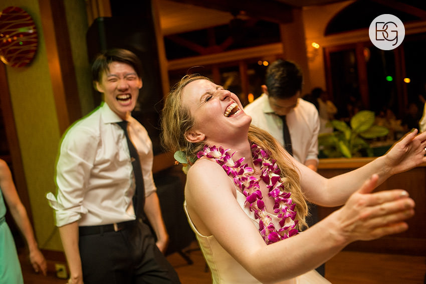 destination_wedding_photographer_hawaii_edmonton_maui_kristarandor_44.jpg