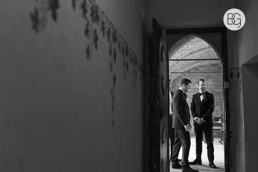 Borgia_castle_destination_wedding_italy_edmonton_best_photographers_ash_jon20.jpg