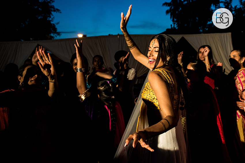 Edmonton_Calgary_sikh_east_indian_wedding_photographers_jessiejaspreet_15.jpg