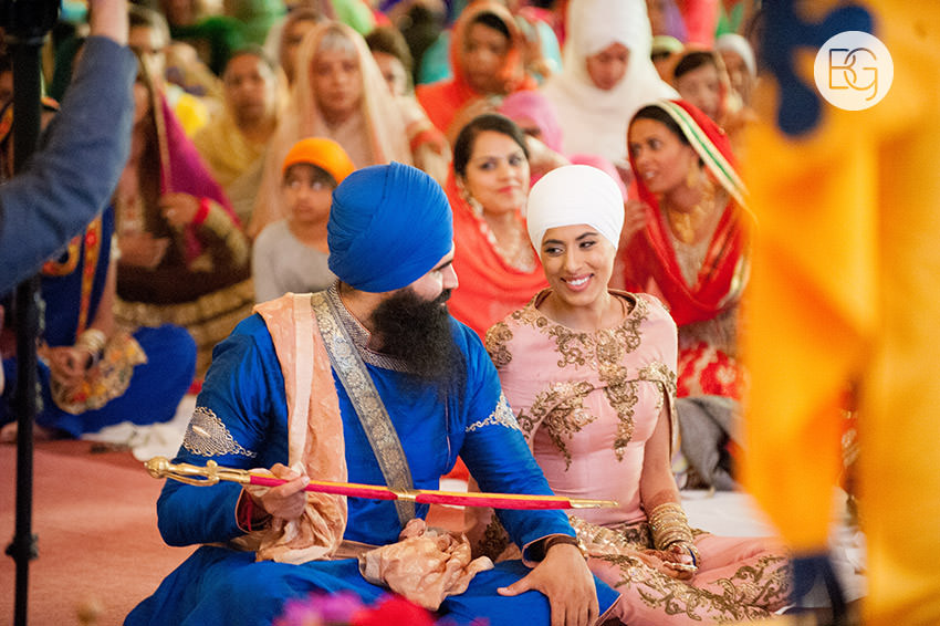 Edmonton_Calgary_sikh_east_indian_wedding_photographers_jessiejaspreet_34.jpg