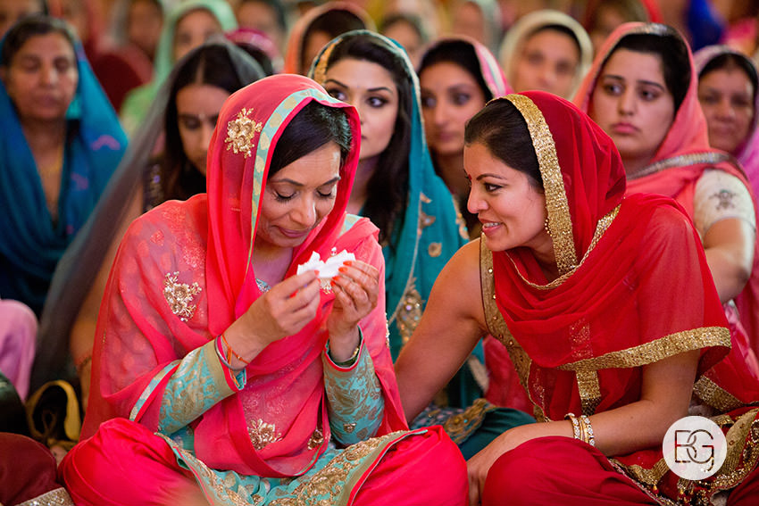 Edmonton_Calgary_sikh_east_indian_wedding_photographers_jessiejaspreet_35.jpg