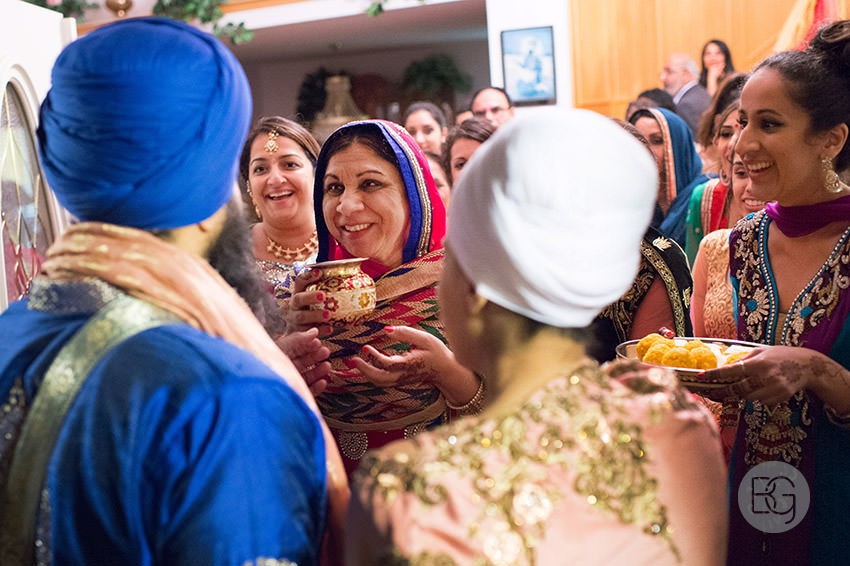 Edmonton_Calgary_sikh_east_indian_wedding_photographers_jessiejaspreet_55.jpg