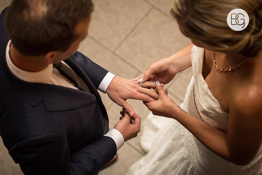 edmonton_wedding_photographers_kirstensteven_17.jpg
