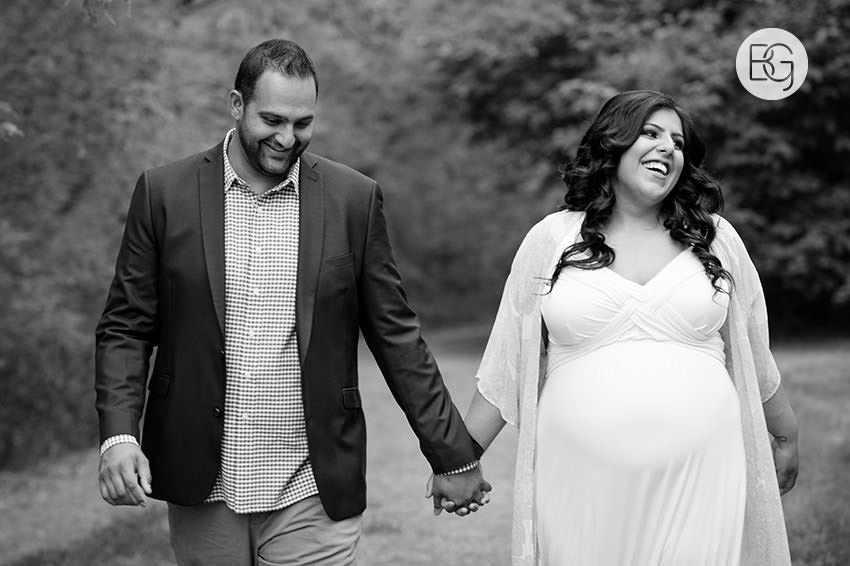 Edmonton_family_photographer_Newborn_SoniaRaj_maternity_02.jpg