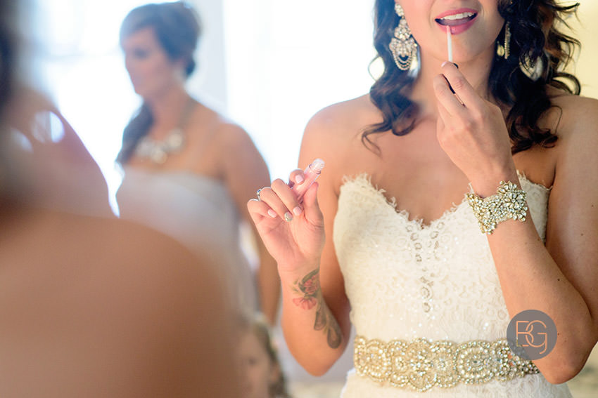 Edmonton_wedding_photographers_Ashley_Lauren_02.jpg
