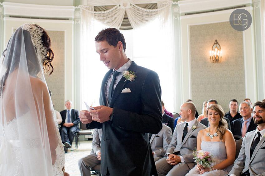 Edmonton_wedding_photographers_Ashley_Lauren_11.jpg