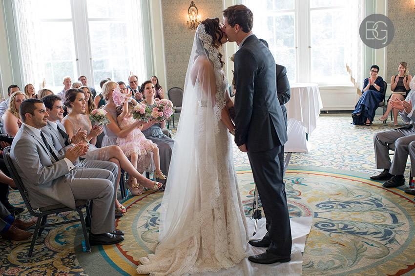 Edmonton_wedding_photographers_Ashley_Lauren_14.jpg