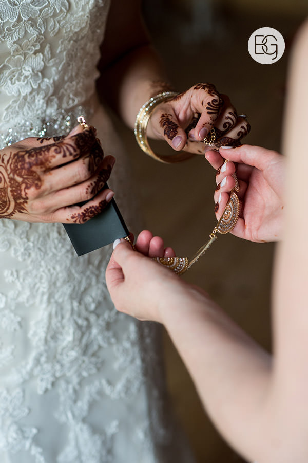 wedding jewelry mendhi henna best edmonton wedding photographers