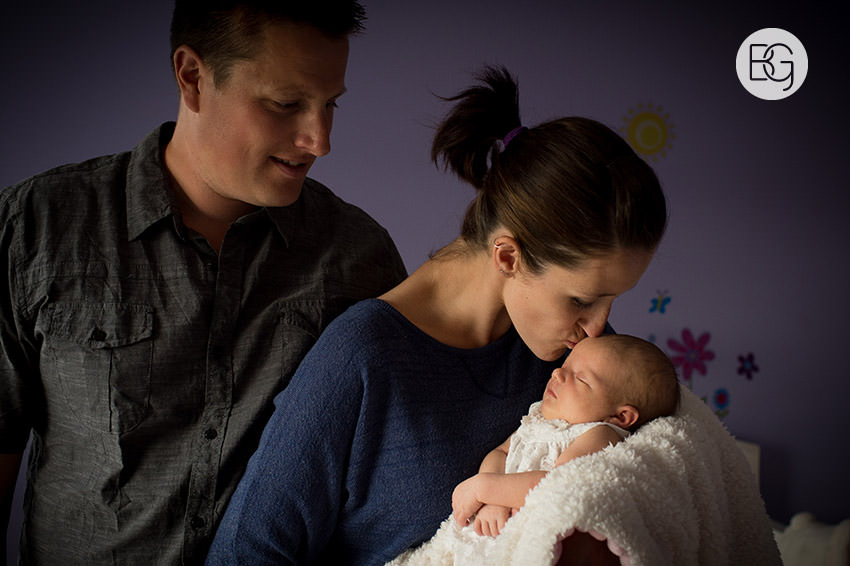 Edmonton_family_portrait_event_photographer_newborn_09.jpg