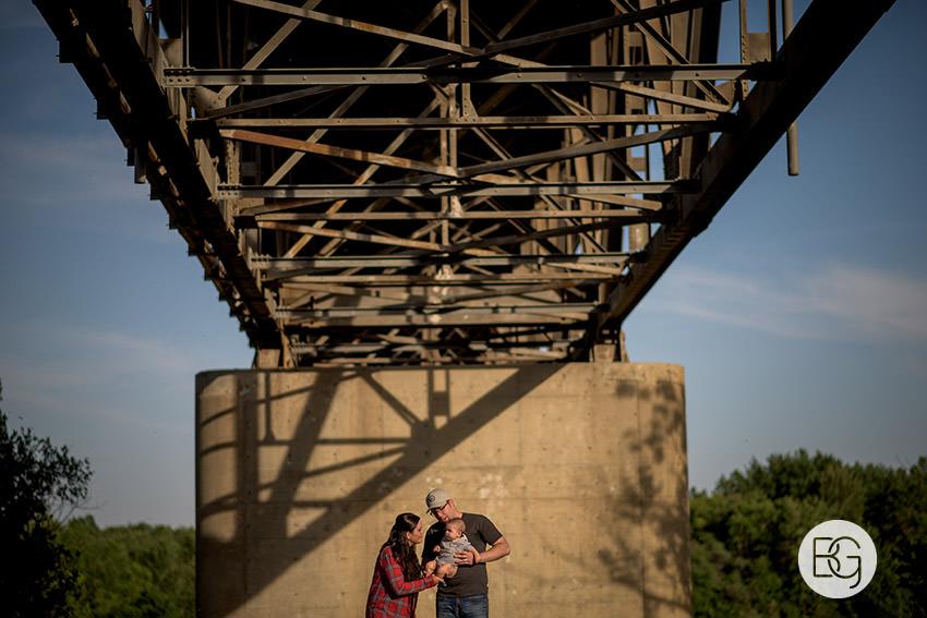 Edmonton_family_photographers_outdoors_awesome_jademattausten1.jpg