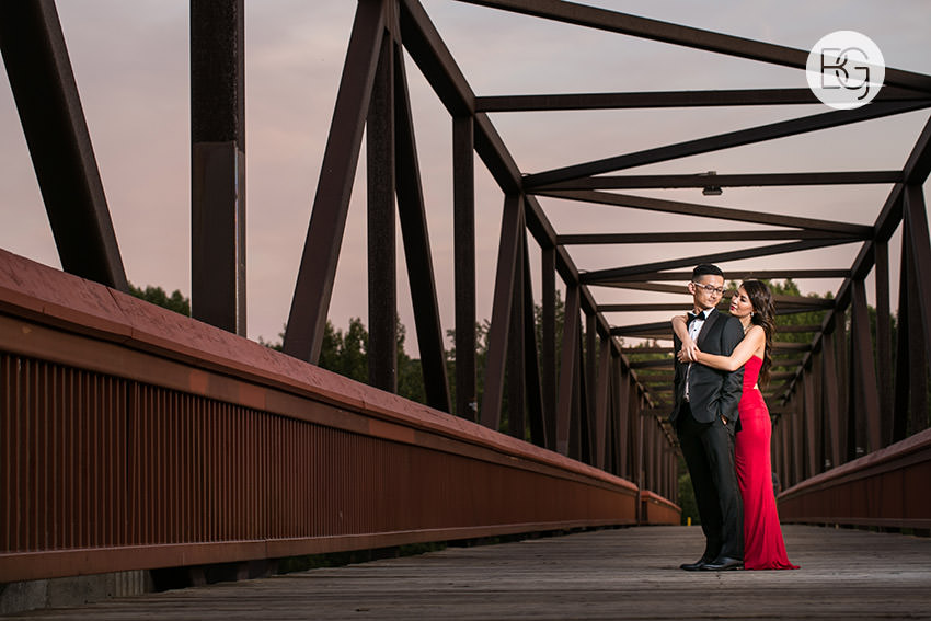Edmonton_wedding_photographers_engagement_susanmike9.jpg