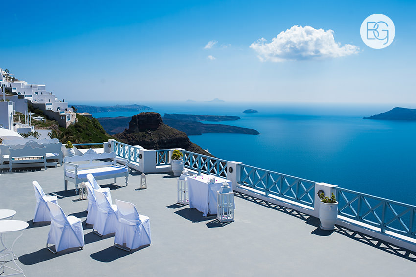 Edmonton-destination-wedding-photographers-santorini-wedding-megalochori-oia-regken-10.jpg