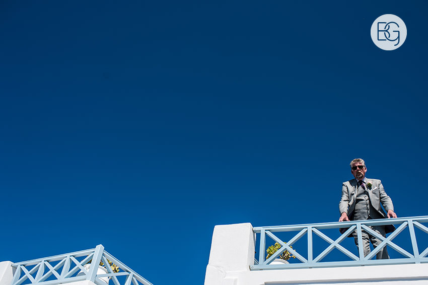 Edmonton-destination-wedding-photographers-santorini-wedding-megalochori-oia-regken-16.jpg