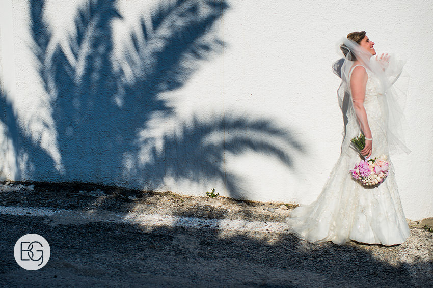 Edmonton-destination-wedding-photographers-santorini-wedding-megalochori-oia-regken-34.jpg