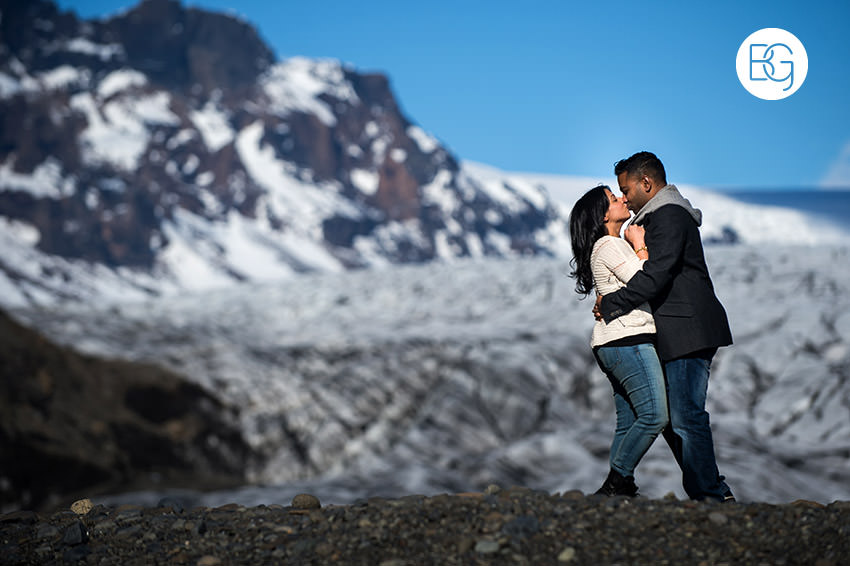 Iceland-wedding-photographers-jokulsarlon-vik-engagement-rajeileen-08.jpg