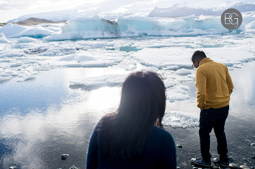 Iceland-wedding-photographers-jokulsarlon-vik-engagement-rajeileen-17.jpg