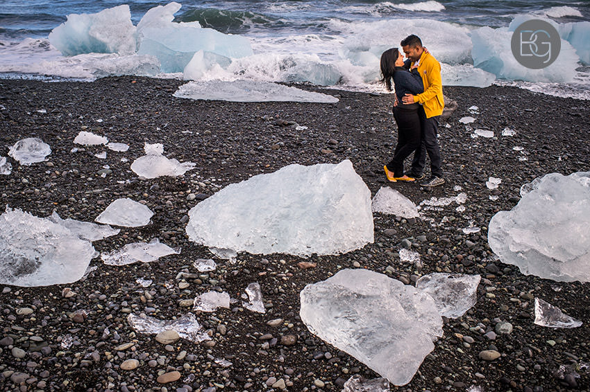 Iceland-wedding-photographers-jokulsarlon-vik-engagement-rajeileen-26.jpg