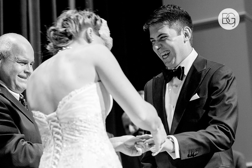 Edmonton_Wedding_photographers_winter_fort_edmonton_park_christinapatrick_13.jpg