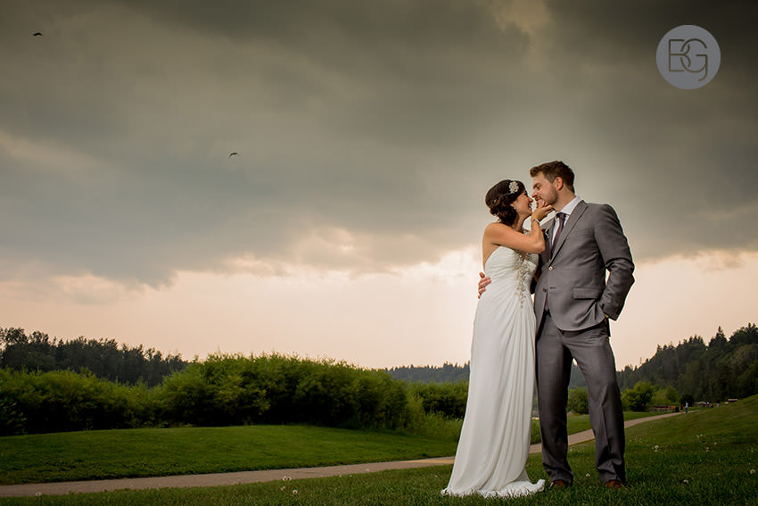 Edmonton_wedding_photographers_helen_rick_24.jpg