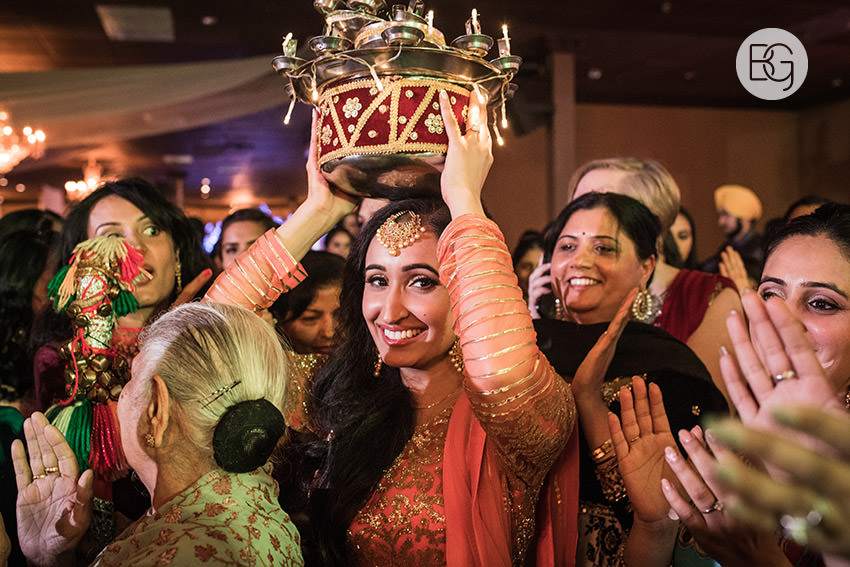 edmonton_Sikh_indian_wedding_photographer_ravneetHarman06.jpg