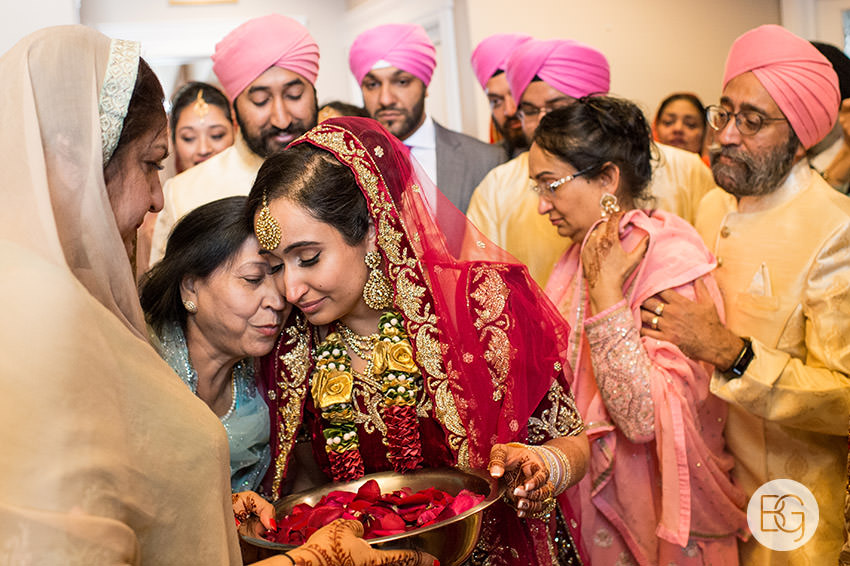 edmonton_Sikh_indian_wedding_photographer_ravneetHarman61.jpg