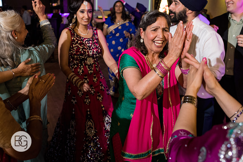 edmonton_Sikh_indian_wedding_photographer_ravneetHarman83.jpg
