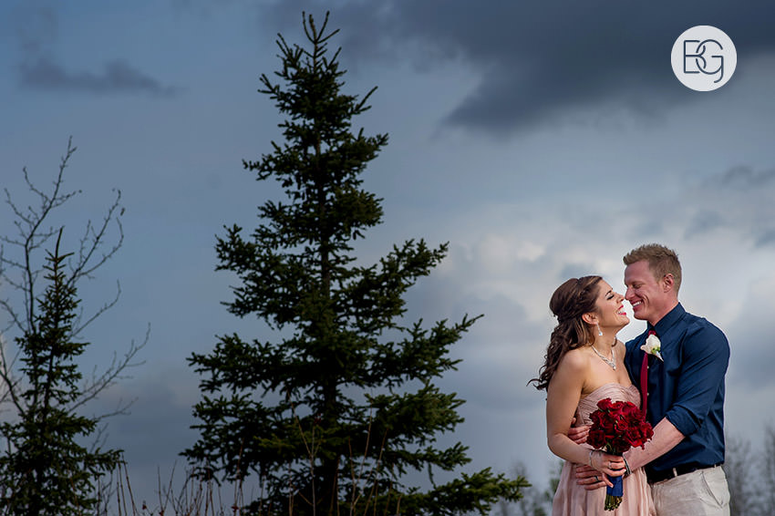 Edmonton_wedding_photographers_Jazmine_dan_16.jpg