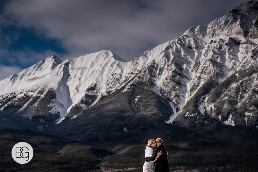 Edmonton_wedding_photographers_Jasper_Park _Lodge_Christel_Kevin14.jpg