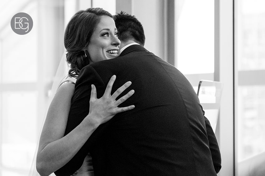 Edmonton_Wedding_photographers_art_gallery_alberta_paige_george09.jpg