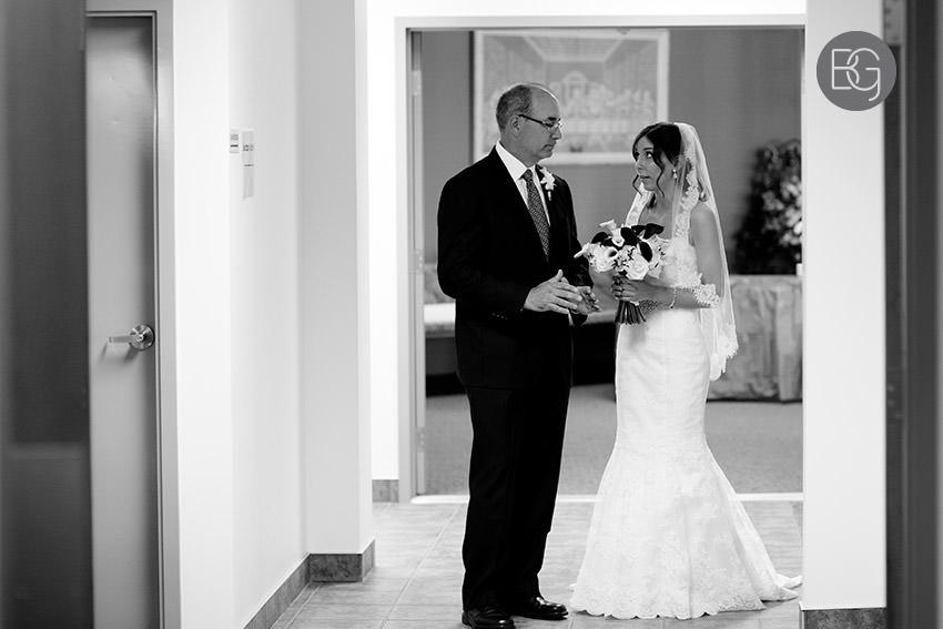Edmonton-wedding-photographer-AmandaMike-07.jpg
