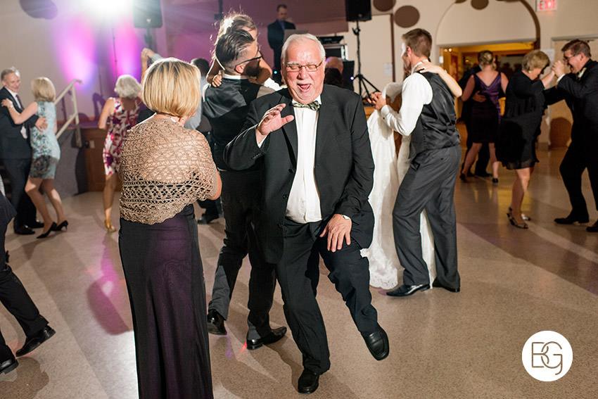 Edmonton-wedding-photographer-AmandaMike-32.jpg