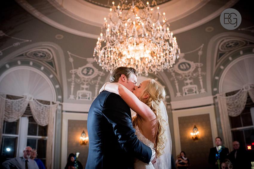Edmonton-wedding-photographers-calgary-helenka-martin-25.jpg