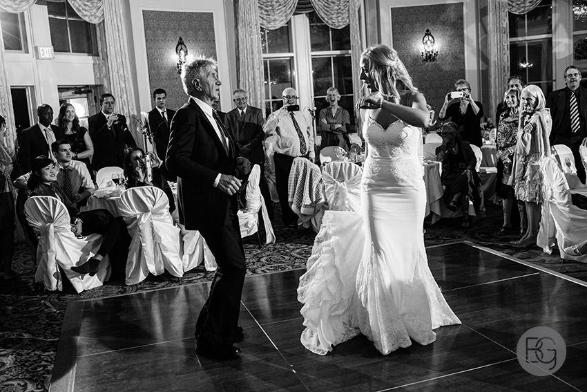 Edmonton-wedding-photographers-calgary-helenka-martin-27.jpg