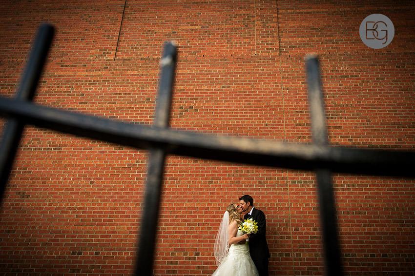 Edmonton_wedding_photographers_fort_edmonton_calgary_shannonkyle_06.jpg