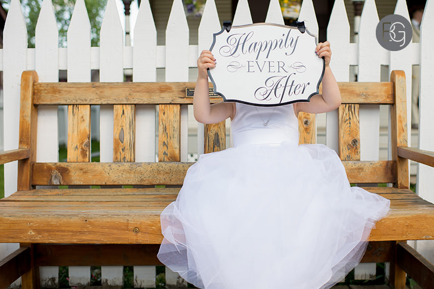 Edmonton_wedding_photographers_fort_edmonton_calgary_shannonkyle_12.jpg