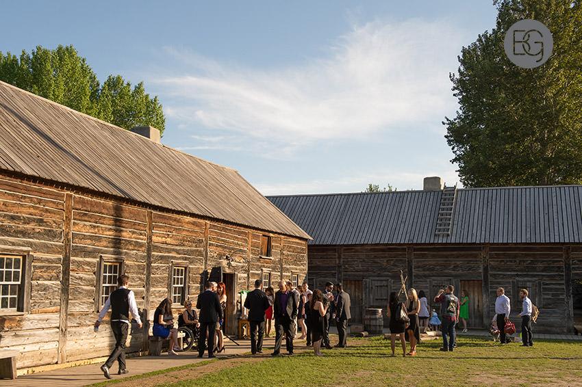 Edmonton_wedding_photographers_fort_edmonton_calgary_shannonkyle_24.jpg