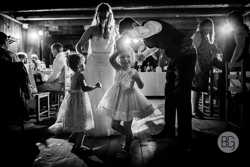 Edmonton_wedding_photographers_fort_edmonton_calgary_shannonkyle_44.jpg